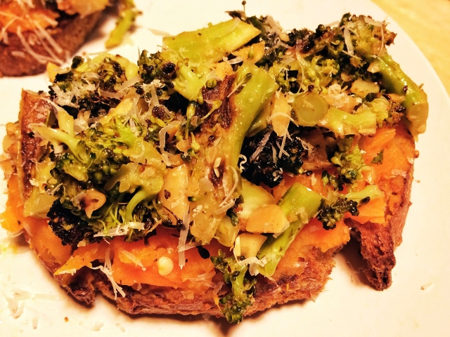 Sweet potato and roasted broccoli toasts